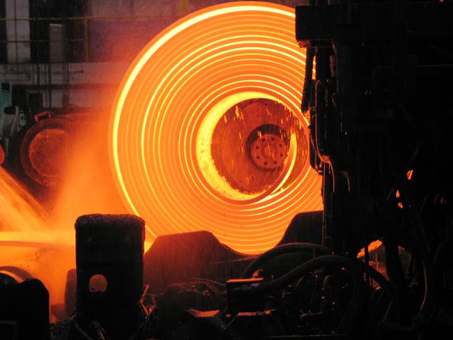 roll of hot metal